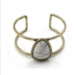 Jewelry - White Turquoise gemstone gold cuff Bracelet